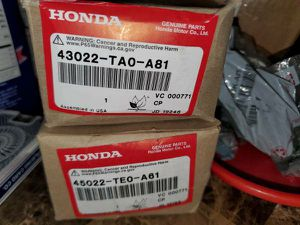 BNIB OEM Honda Brake Pad Set for Sale in The Bronx, NY