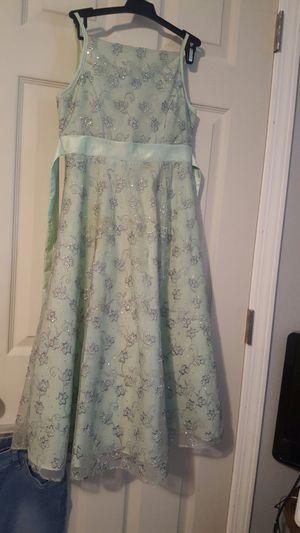Beautiful girls dress. for Sale in Kingsport, TN