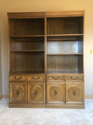Matching Broyhill shelves for Sale in Dublin, OH