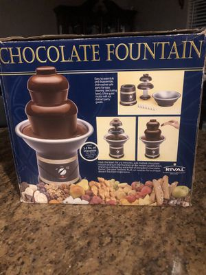 Chocolate Fountain uses 5 pounds of chocolate for Sale in The Colony, TX