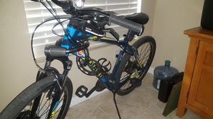 GIANT - - 24 speed mountain bike for Sale in Las Vegas, NV