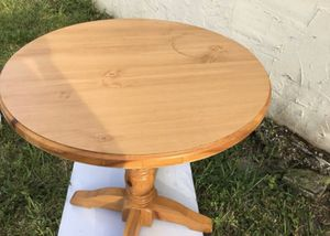 Round Table for Sale in Lauderhill, FL