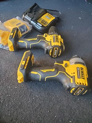 Dewalt atomic kit for Sale in Chula Vista, CA