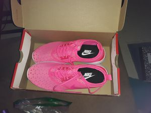 Nike tennis shoes for Sale in Cleveland, OH
