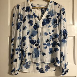 Size 4 Blue Floral Blouse for Sale in Frederick, MD