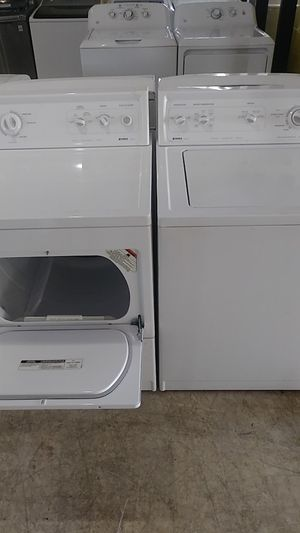Washer and dryer works great kenmore for Sale in Lockhart, FL