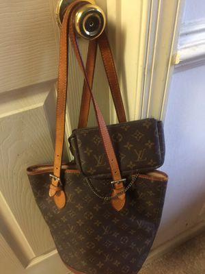 Louis Vuitton brown small Tote Handbag for Sale in Adelphi, MD