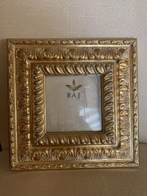 Gorgeous RAJ Picture Frame 🖼 for Sale in Calabasas, CA