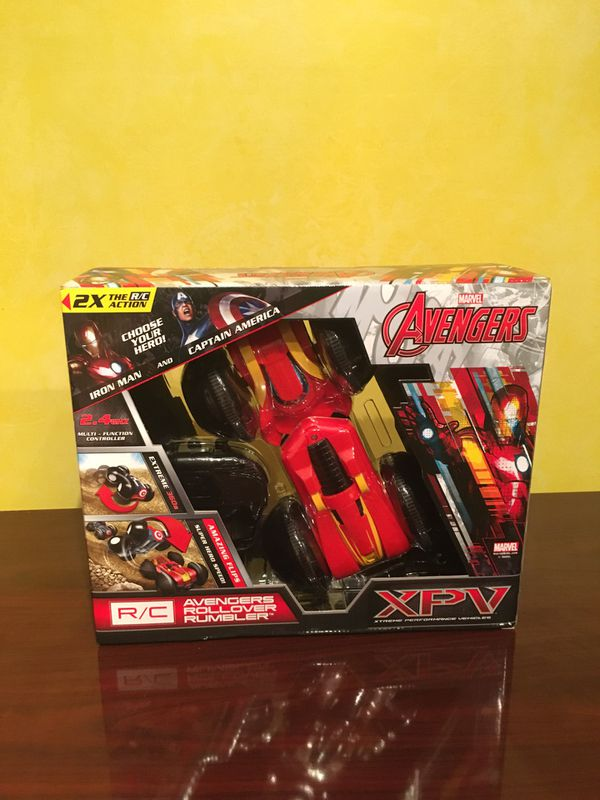 Avengers R/C Rollover Rumbler (Captain America and Ironman)