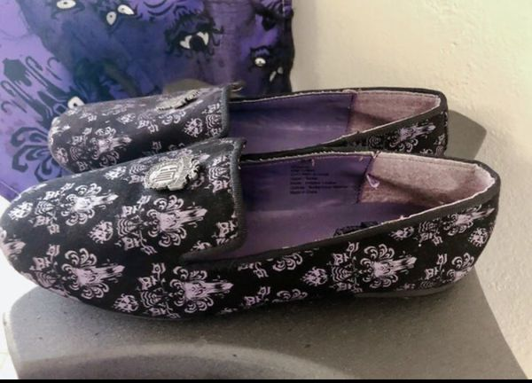 **NEW** Authentic Disney The Haunted Mansion Shoes