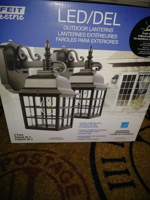 2-pack of New Outdoor lanterns for Sale in Fort Myers, FL