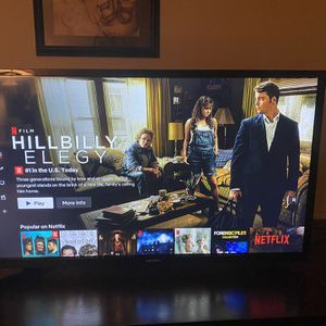 "Samsung Smart TV 32"" $85 *Like New* for Sale in Glen Burnie, MD"