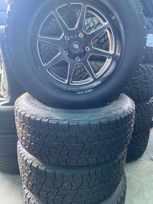 Wheels 20 inch brand new TUNDRA for Sale in Anaheim, CA