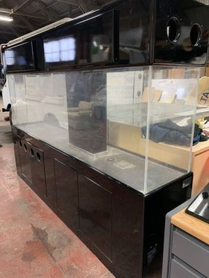 400 Gallon Fish Tank With Stand for Sale in Suisun City, CA