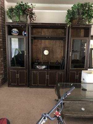 Entertainment wall unit for Sale in Killeen, TX