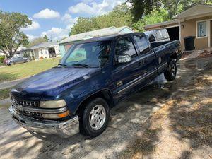 2001 Chevy Silverado 1500 for Sale in St. Petersburg, FL