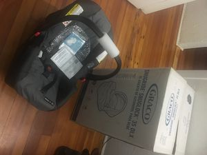 Baby car seat for Sale in Boston, MA