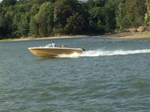 Chris Craft Lancer- 19' classic boat for Sale in Cleveland, OH