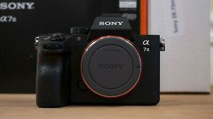 Pristine* Sony Alpha A7 III Mirrorless Camera with 28-70mm OSS Lens for Sale in Woodbridge, CA