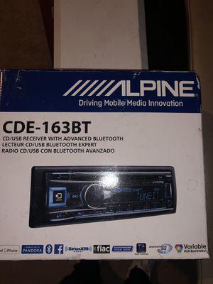 Alpine CDE-163 Bluetooth for Sale in Midlothian, VA