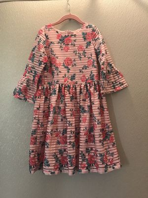 Beautiful flower dress girls size 8 for Sale in Brooklyn, NY