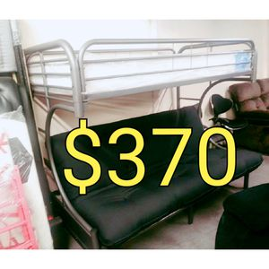TWIN FUTTON BUNK BED WITH MATTRESSES for Sale in Hawthorne, CA