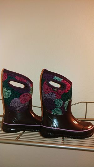Girl Bogs boots size 12 for Sale in Everett, WA
