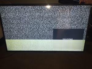 Hitachi tv 50 inch for Sale in Fresno, CA