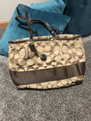 Coach tote bag and wallet for Sale in Morris, IL