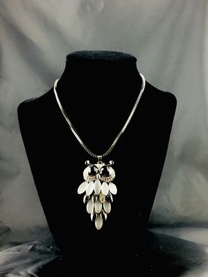 Elegant Owl Necklace for Sale in Cerritos, CA