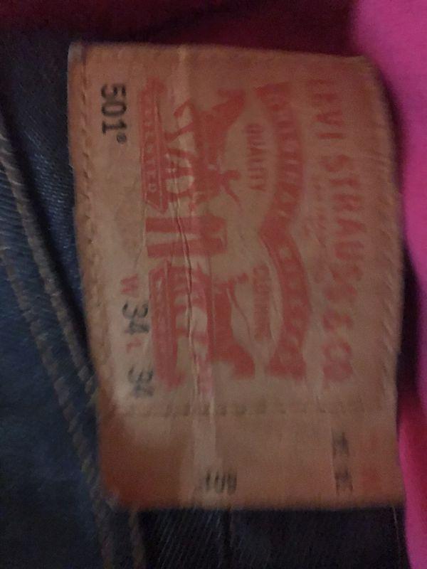Medium Jordan Shirt, medium Nike Sweatshirt, 34x34 Levi's Jeans
