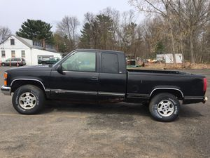 Parts only. 1997 Chevy K1500 extended cab 5.7 auto,4wd for Sale in Southington, CT