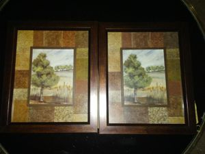 2 small pictures for Sale in Lynchburg, VA