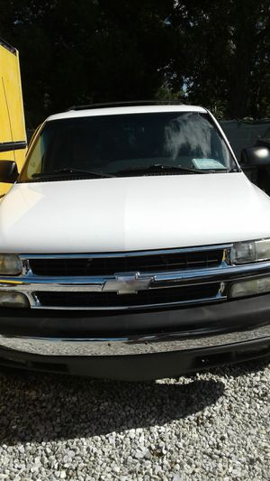 2003 Chevy Suburban 1500 LS for Sale in Lakeland, FL