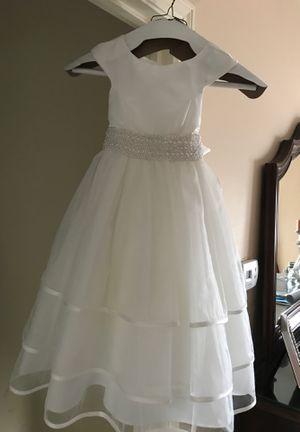 Flower girl dress size 4 for Sale in Ivyland, PA