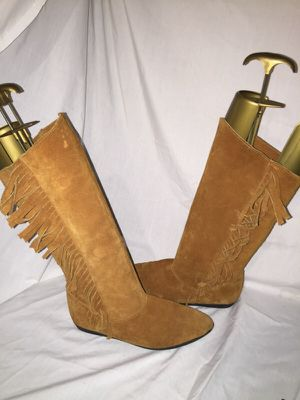 Rinaldo roselli fringe moccasin boots size 7 for Sale in Dublin, OH