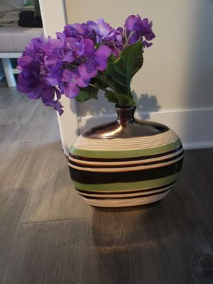 Vase with plastic purple flowers for Sale in Chicago, IL