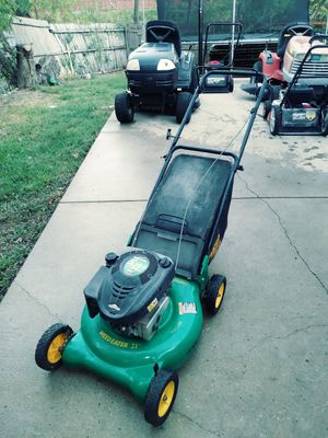 Weedeater lawn mower for Sale in Garland, TX