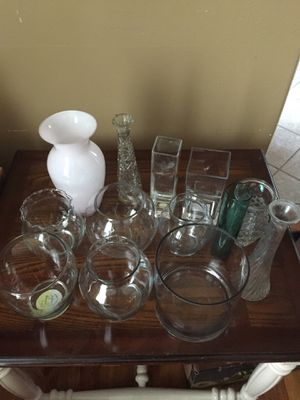 Flower vases flower pots fish bowl mixed vases. $20.00 for all for Sale in Lakewood, CA