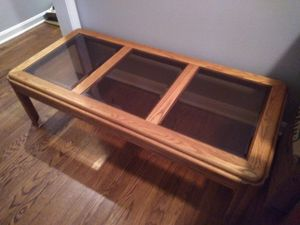 COFFE TABLE AND TV STANDS 3 SET for Sale in Chamblee, GA