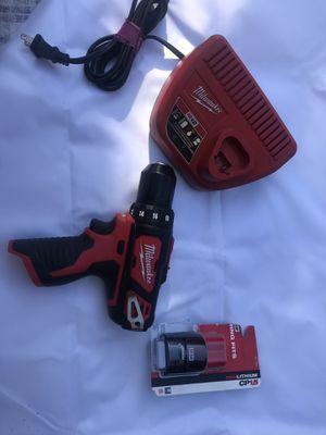 Milwakee 12v taladro con batería y cargador $65 for Sale in Baldwin Park, CA