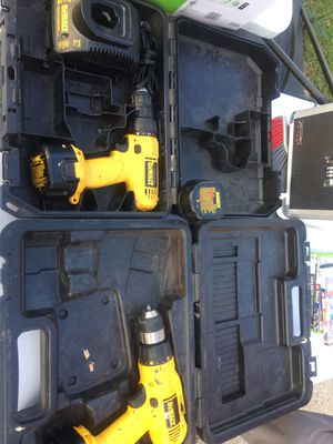 2 drill guns 3 batteries and a charger for Sale in Hammond, IN