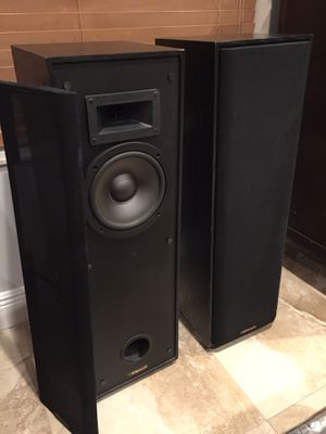 (2) Klipsch 2-way Tower speakers with Grilles for Sale in Miami, FL