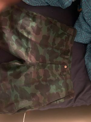 Bape shorts worn once for Sale in New York, NY