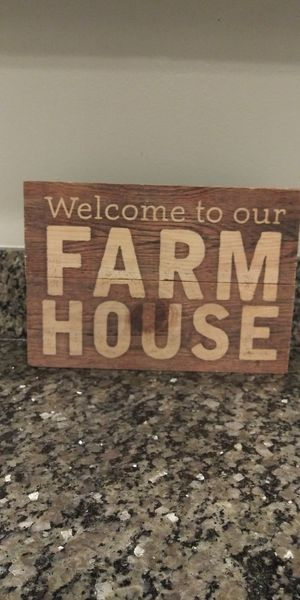 """Farm House wood sign 7"""" x 10"""" for Sale in Gaithersburg, MD"""