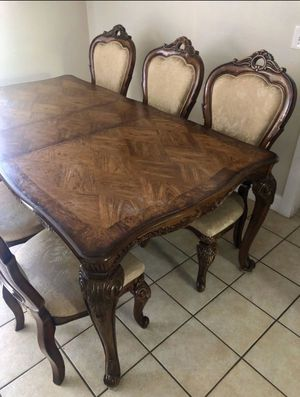Dinning Table for Sale in Portland, OR
