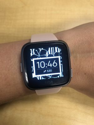fitbit versa special edition for Sale in Castle Hayne, NC