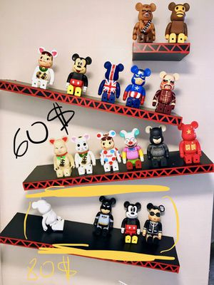 Bearbrick be@rbrick supreme medicom toy kaws collection figure 400% for Sale in Las Vegas, NV