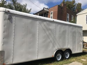 2015 8.5 x 24 Tandem Duel Axel Enclosed Cargo Trailer for Sale in St. Louis, MO