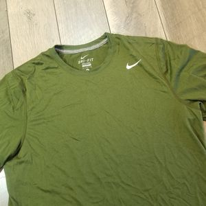 Nike Shirt Size L for Sale in San Diego, CA